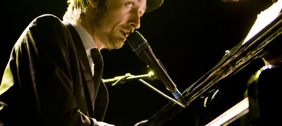Neil Hannon live at Manchester Academy